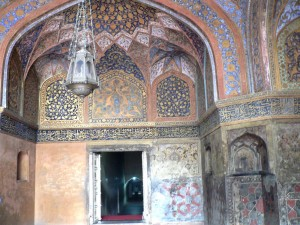 Akbar Tomb Inside