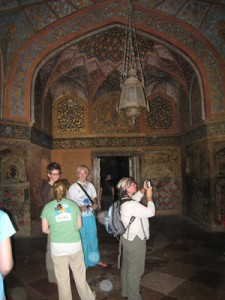 Akbar Tomb Inside Pictures