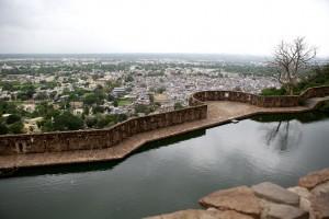 Chittorgarh Fort Gaumukh Reservoir Pictures