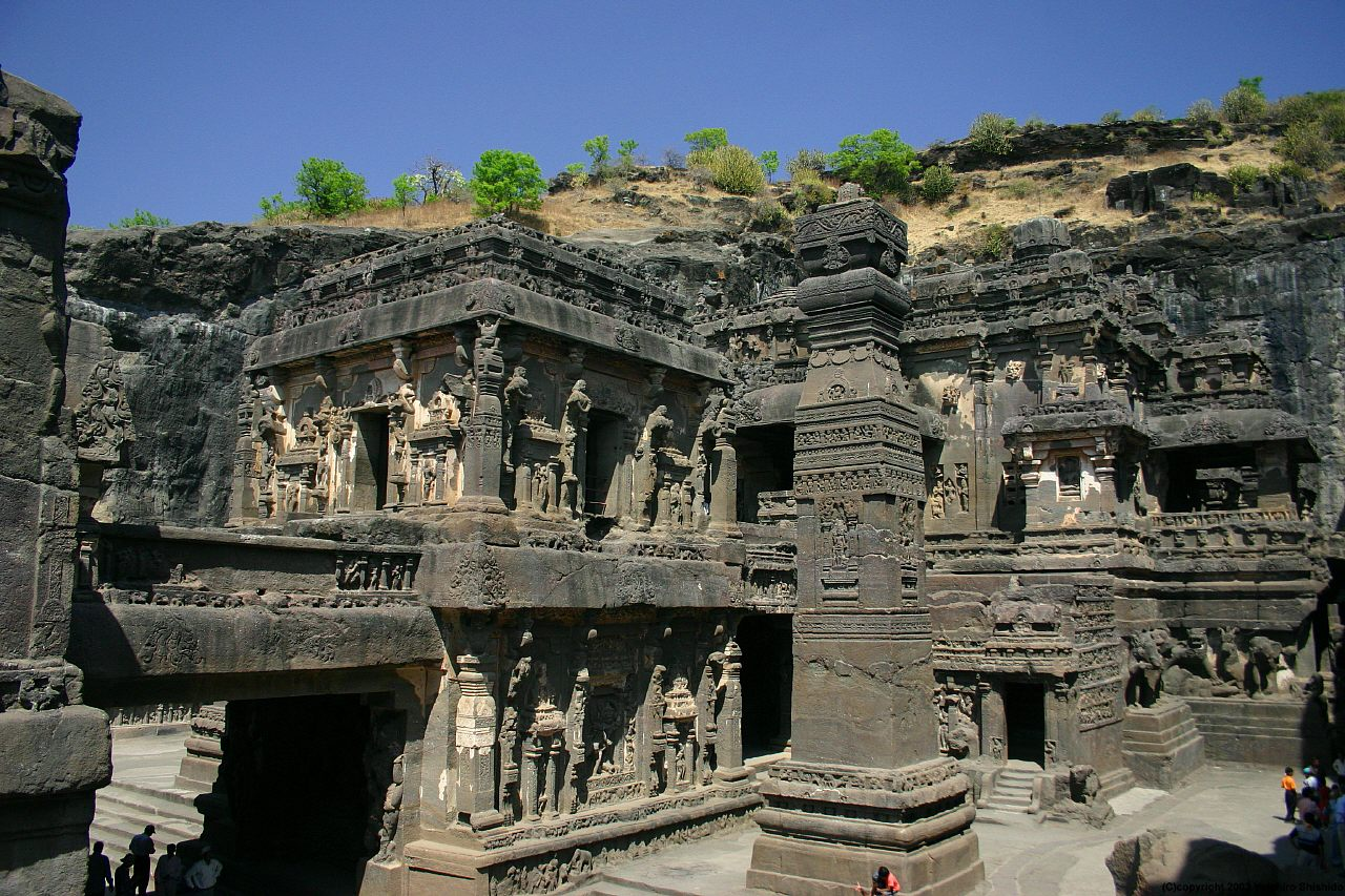 Ajanta and ellora caves historical facts and pictures for Special landmarks