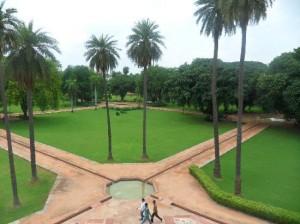 Humayun Tomb Garden Pictures