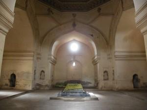 Qutb Shahi Tomb Inside