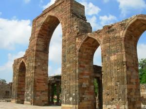 Qutub Minar Complex Pictures