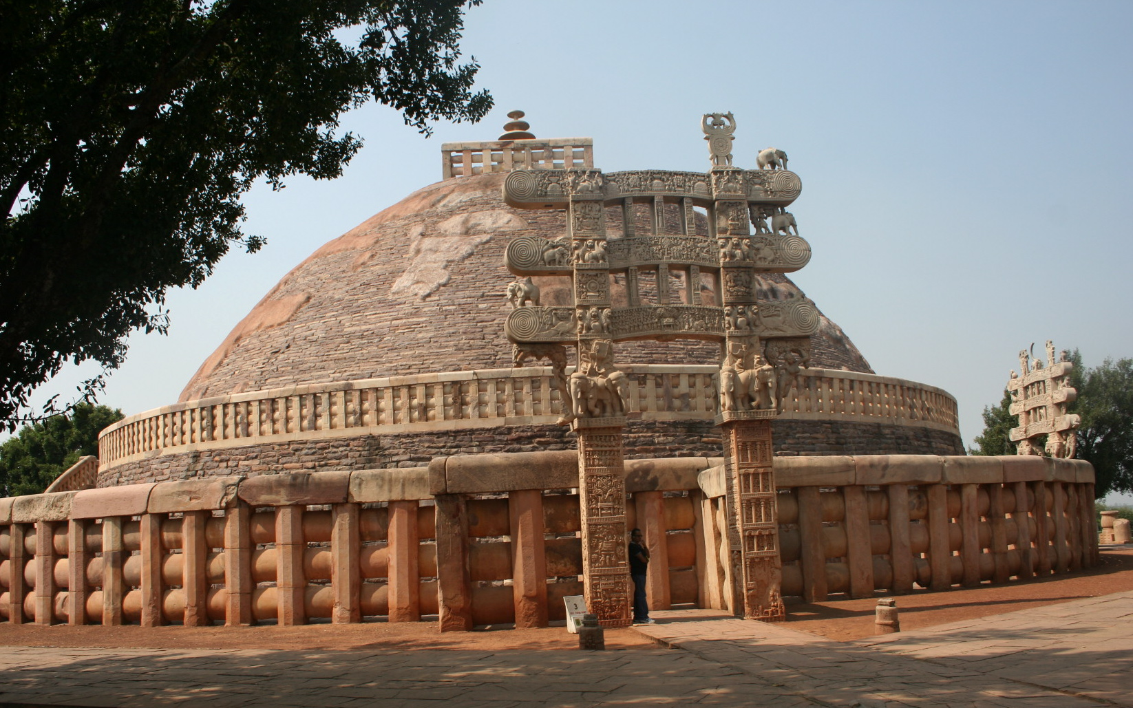 Sanchi Stupa Wallpaper Hd: Sanchi Stupa Historical Facts And Pictures