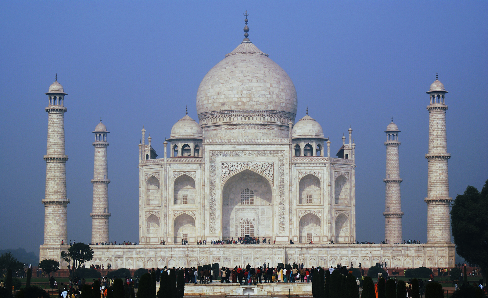 Taj mahal historical facts and pictures the history hub Indian building photos