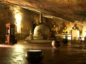 Dambulla Cave Temple Pictures