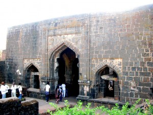 Panhala Fort Teen Darwaza Pictures