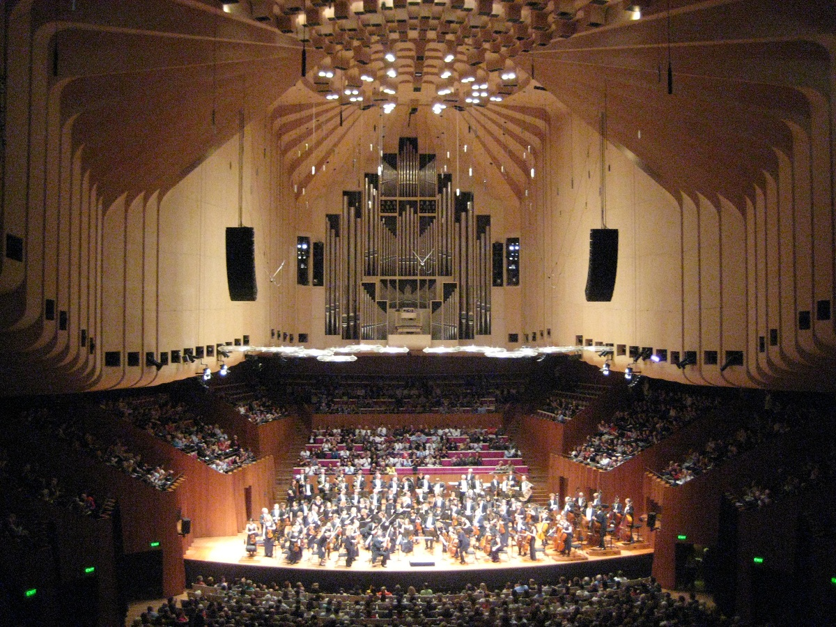 Sydney opera house historical facts and pictures the history hub - Inside house ...