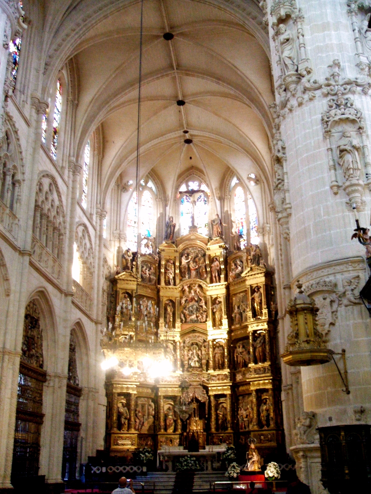 Burgos cathedral historical facts and pictures the for Imagenes de arquitectura
