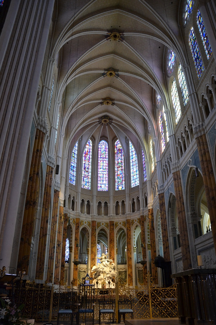 Chartres Cathedral Historical Facts And Pictures The