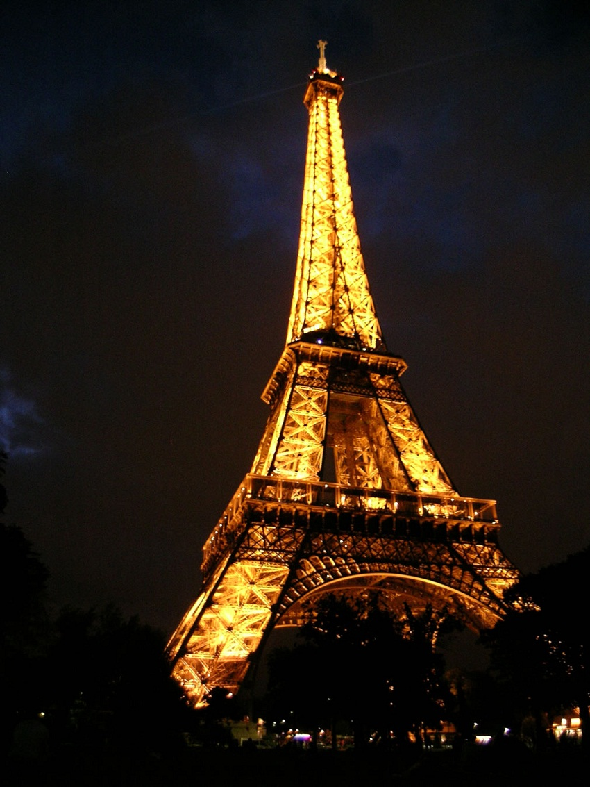 related to eiffel tower - photo #31
