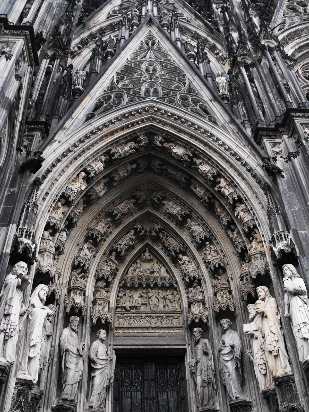 The history of cologne cathedral history essay