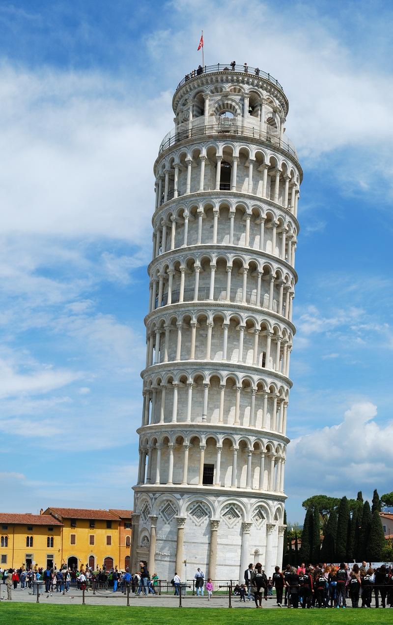 leaning tower of pizza essay The leaning tower of pisa is located in tuscany, the birthplace of the renaissance it is the period of europe's transition from medieval to early modern, but there's much to tell about the historical part.
