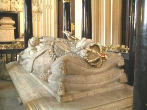 Tombs Inside Westminster Abbey