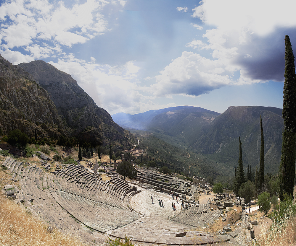 Delphi Historical Facts and Pictures  The History Hub