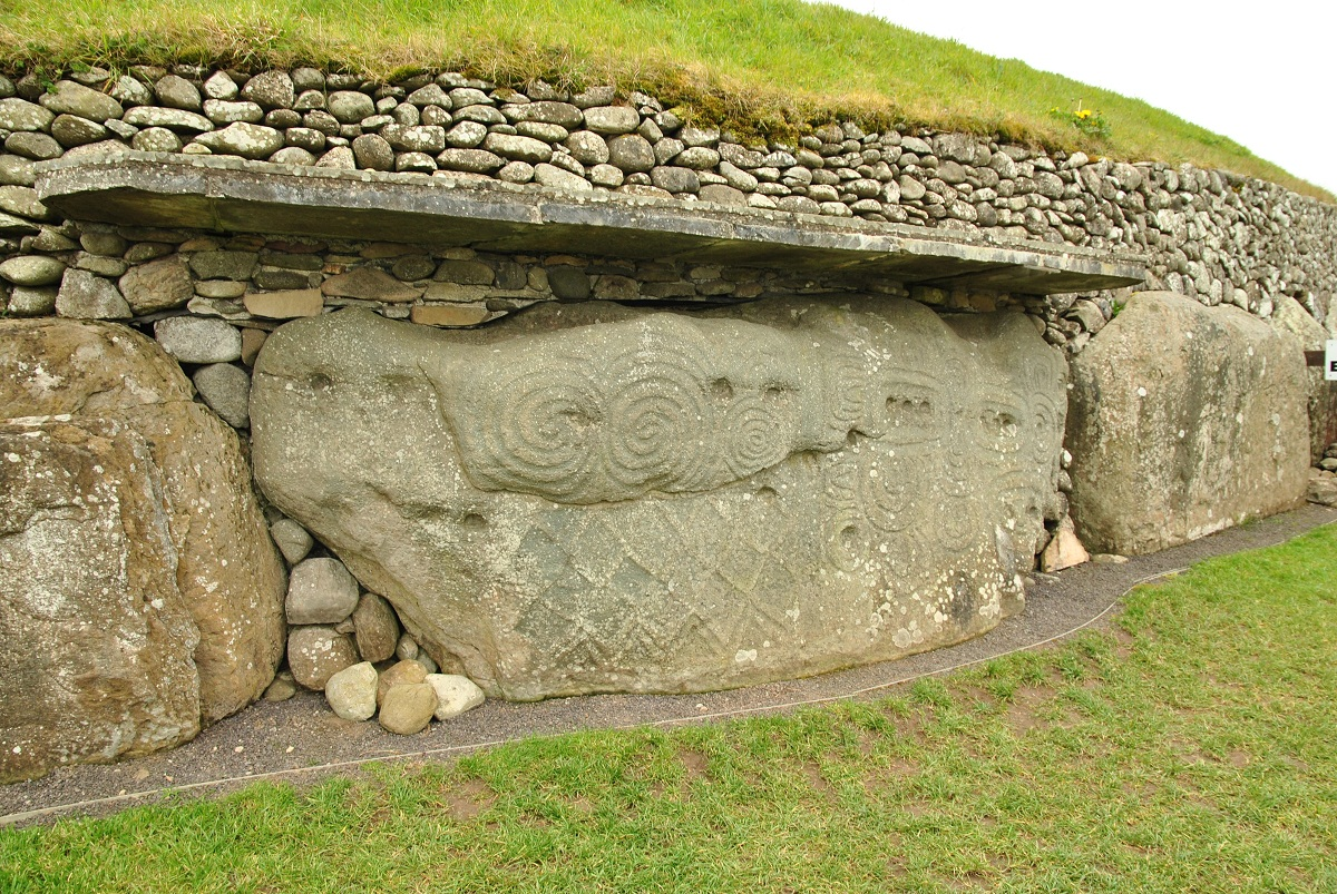 Newgrange Historical Facts And Pictures The History Hub