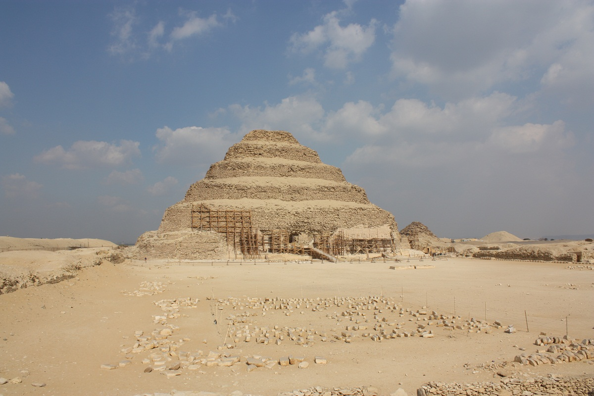 Pyramid of Djoser Historical Facts and Pictures | The ...