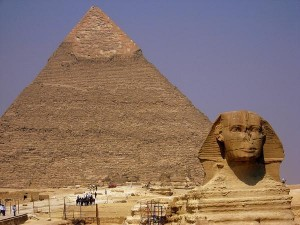 Pyramid of Khafre Photos