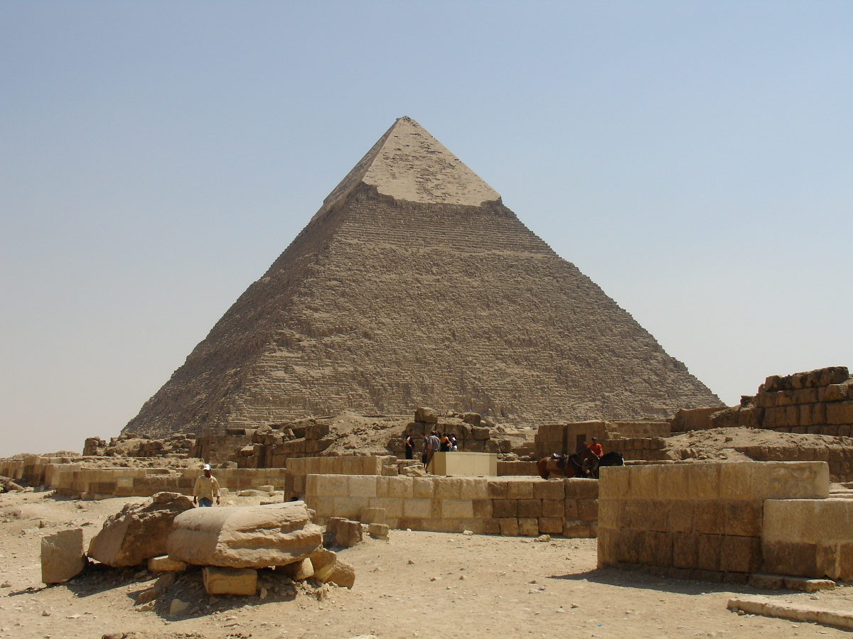 pyramids tombs A pyramid (from greek:  but that other structures mentioned in the research are not in fact pyramids, eg a tomb alleged to be the tomb of amphion and zethus near .
