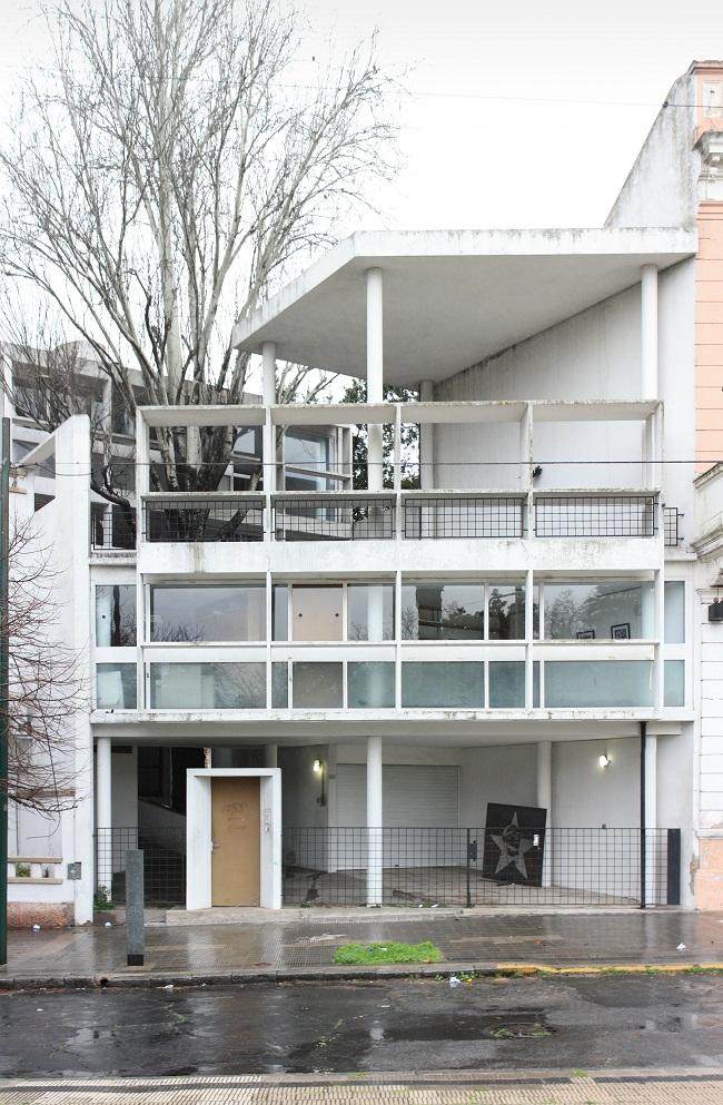 Casa curutchet historical facts and pictures the history hub - Casas de le corbusier ...