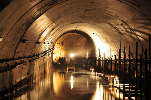 bourbon tunnel historical facts and pictures