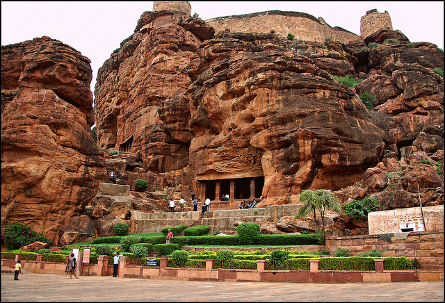 Badami Cave Temple Historical Facts And Pictures The