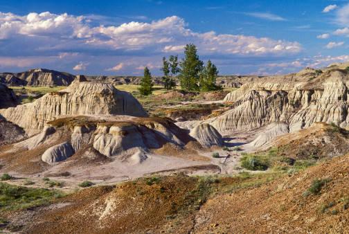 Dinosaur Provincial Park, Alberta, Canada Historical Facts ...