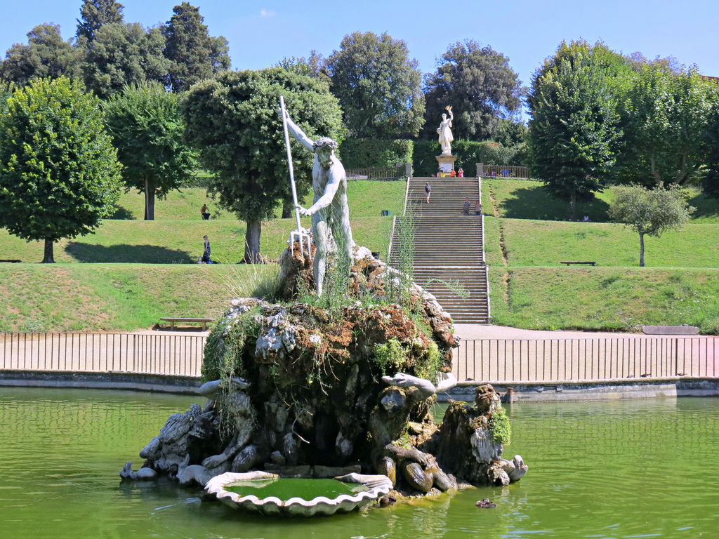 Boboli gardens florence historical facts and pictures for The landscape gardener