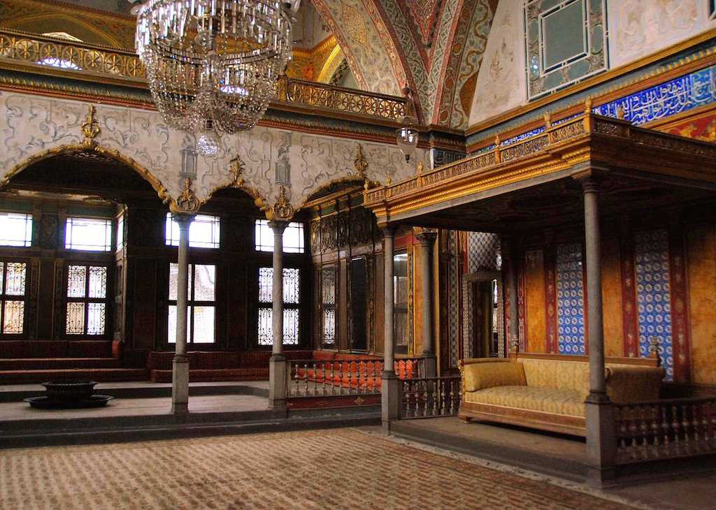 topkapi palace istanbul historical facts and pictures